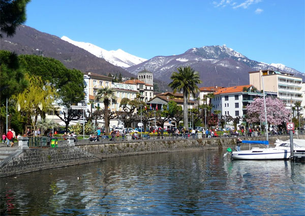 MostWeird.com - The most beautiful lakeside towns in Europe!